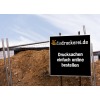 Construction site signs in different sizes (Ill. is similar) / Image ©iStockphoto.com/djgunner
